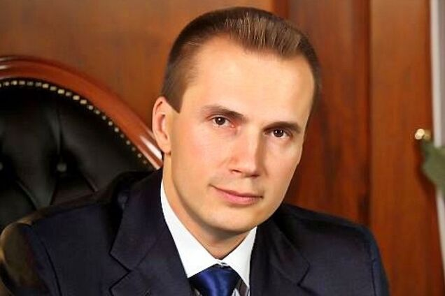 Со счетов сына Януковича вывели 2 млрд грн