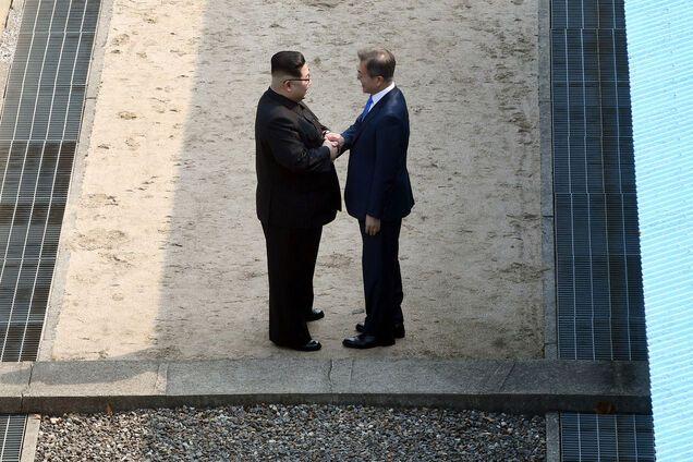 Историческая встреча лидеров Северной и Южной Кореи
