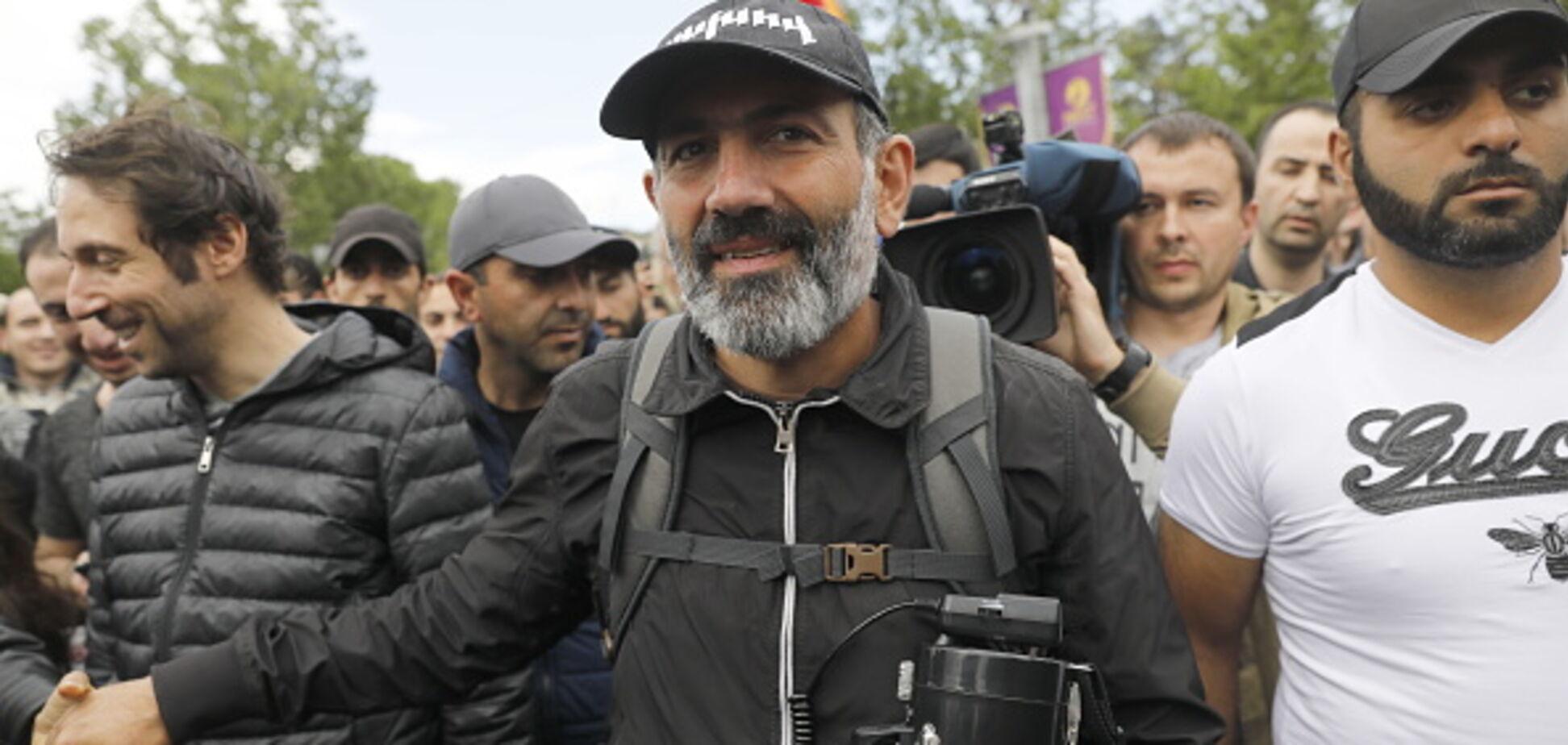 Майдан у Вірменії: лідер протестів зустрівся з посланцями Кремля