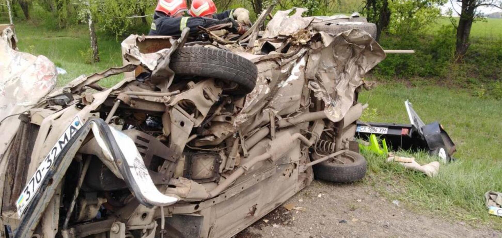 Трагедія на греблі і кривава дорога: топ аварій за добу