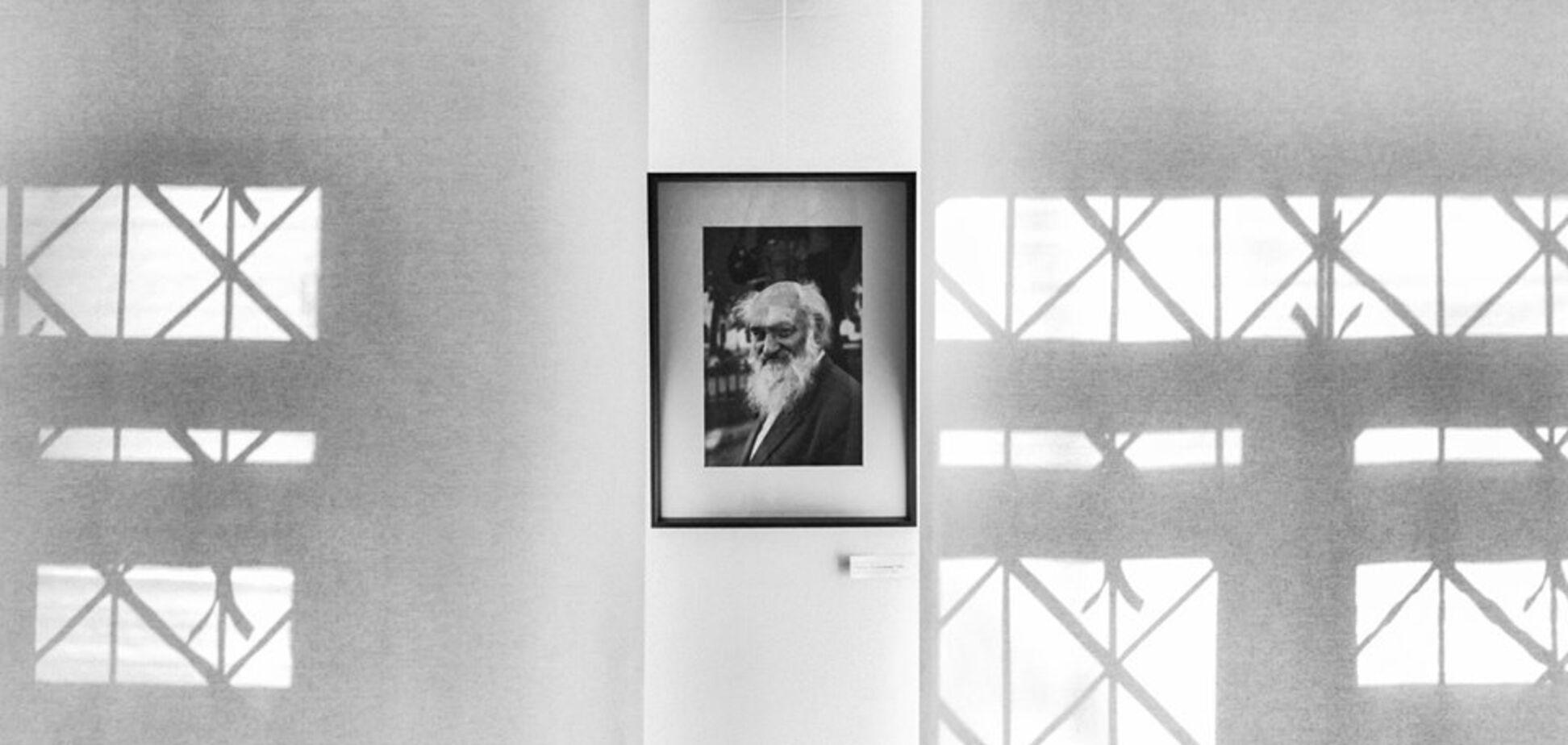 Виставка фотографій 'Герой нашого часу'