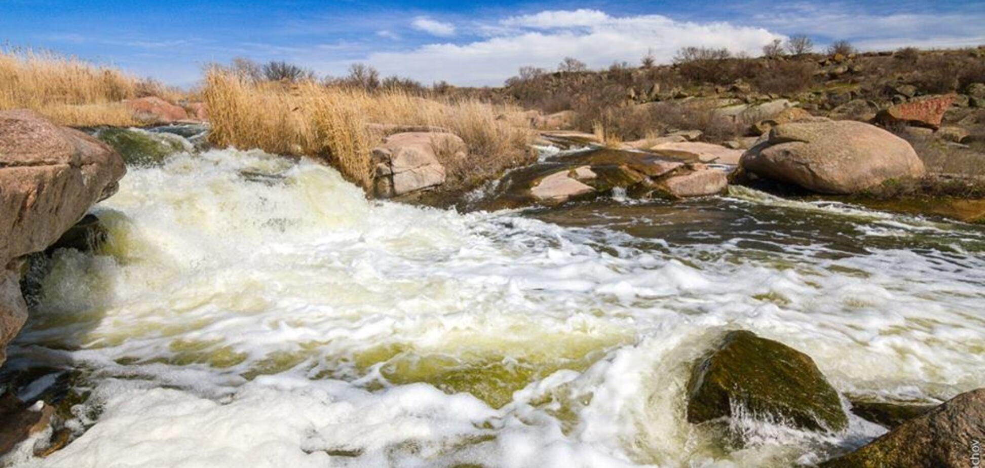 Запорожец показал красоту Токовских водопадов