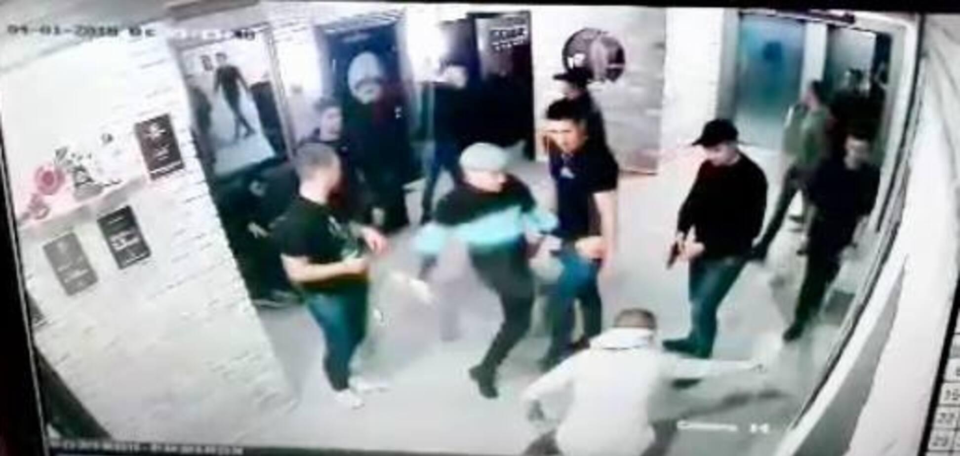 'Антикоррупционеры бывают разные': появились фото и видео стрельбы в ночном клубе Ивано-Франковска