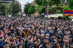 Никто другой Армении не поможет