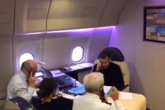 Макрон слил в сеть видео со звонком Путину