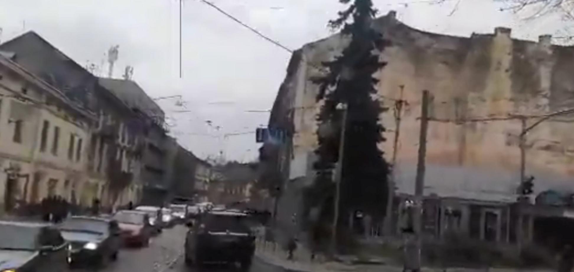 Транспортные войны Львова: трамвай против авто
