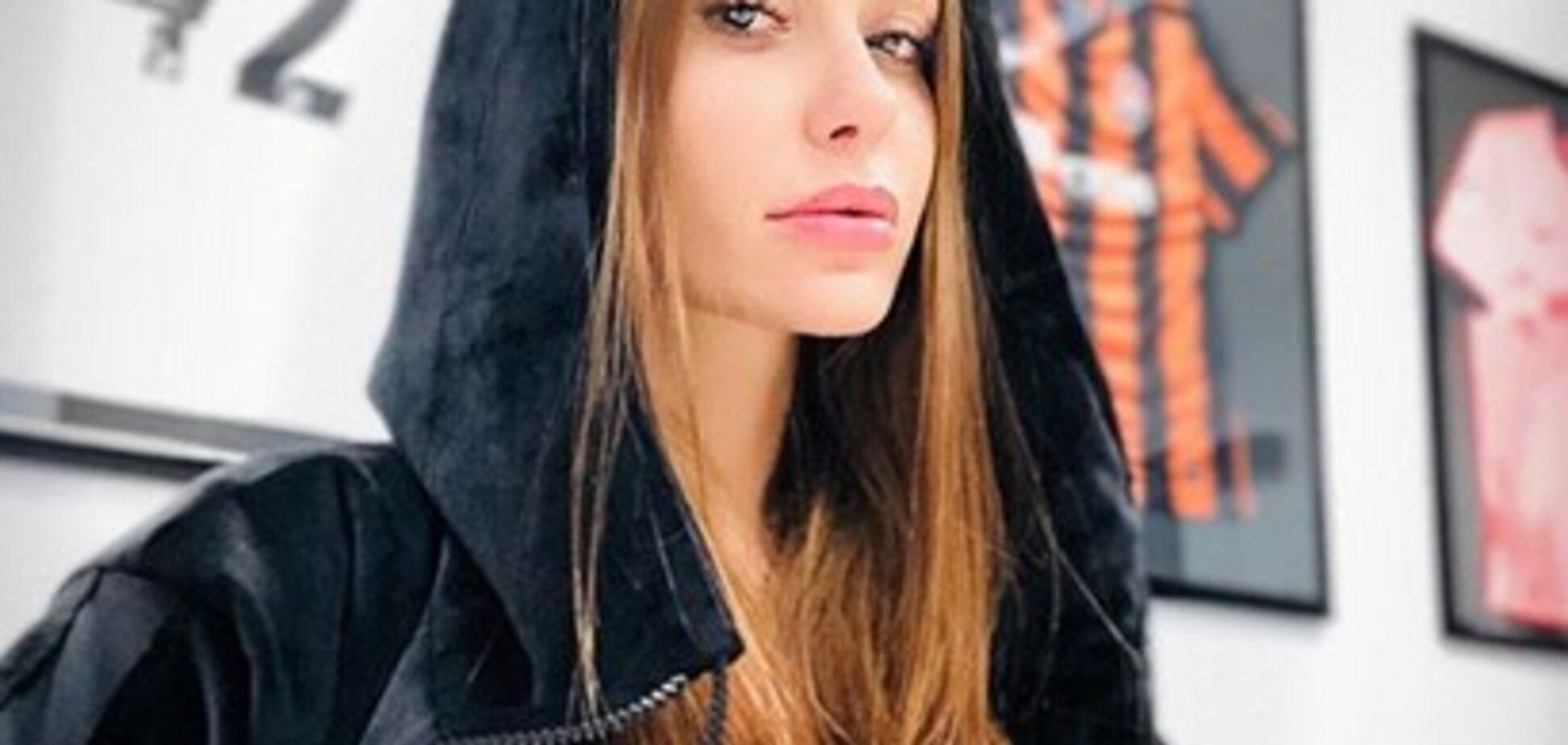 Солистка 'НеАнгелов' засветила сексуальную фигуру в купальнике