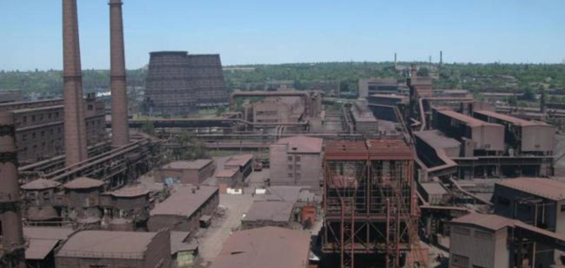 В 'ДНР' мощный пожар уничтожил часть завода: список потерь