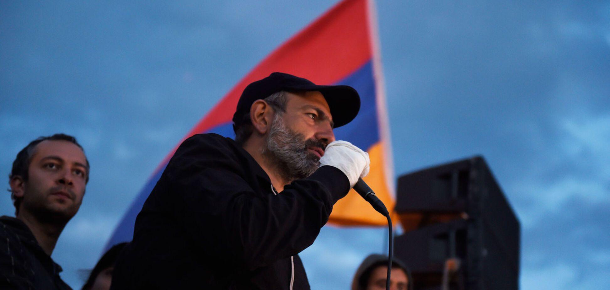 'Чуда не произошло': в сети обсудили неудачу лидера протестов в Армении