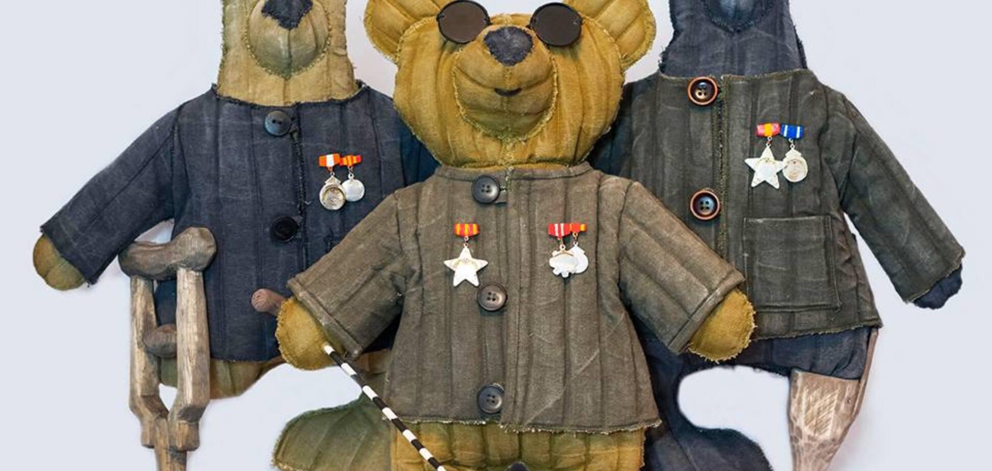 'Вата — русская душа': в РФ ветеранам посвятили коллекцию игрушек-инвалидов