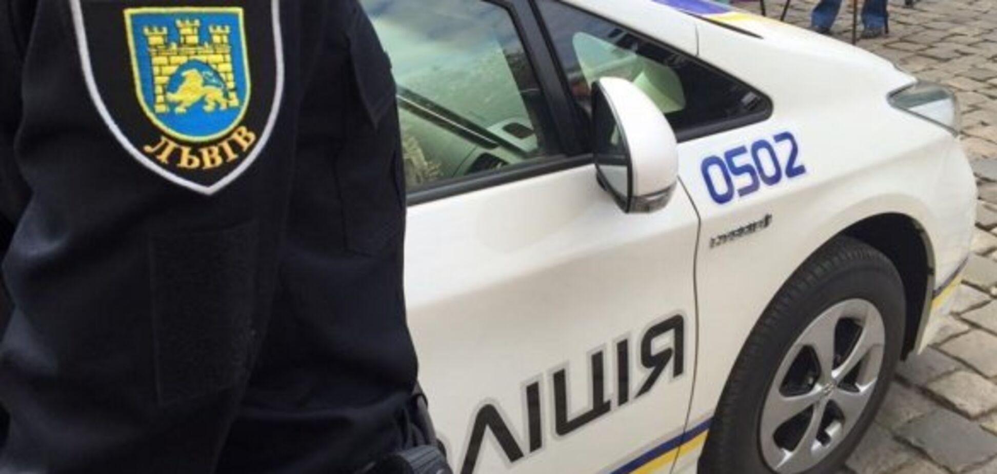 У Львові пролунав вибух у кафе: є постраждала