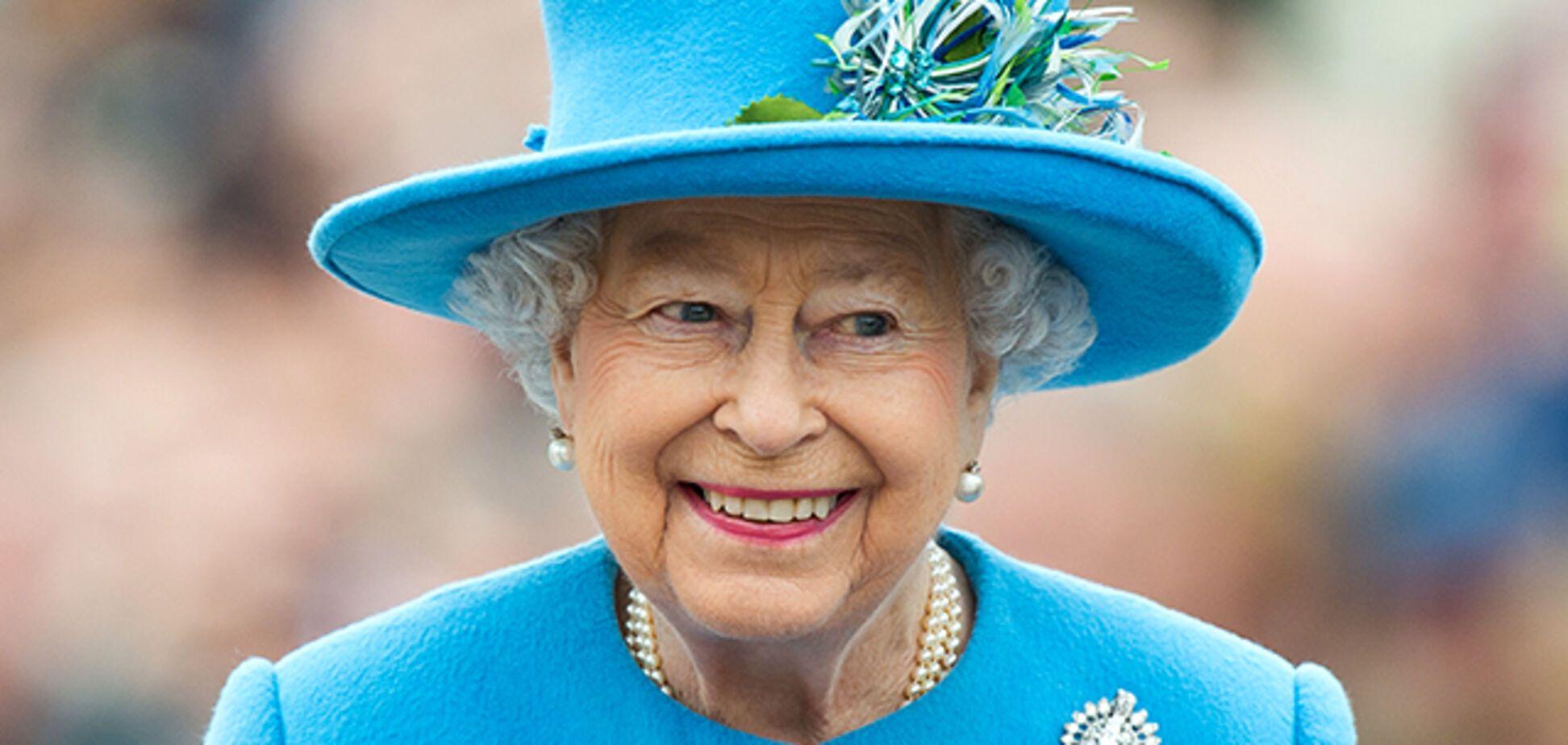 Елизавета ІІ посетила скачки