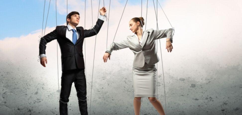 Любовь или игра: как распознать манипуляции в близких отношениях