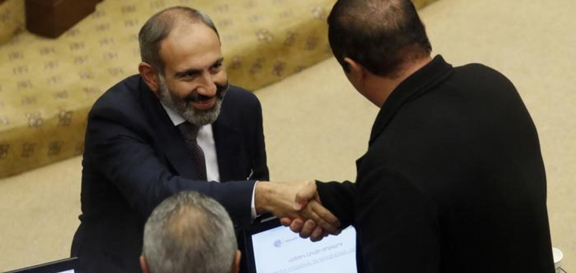 На прохання Пашиняна: в Вірменії змінили головних силовиків