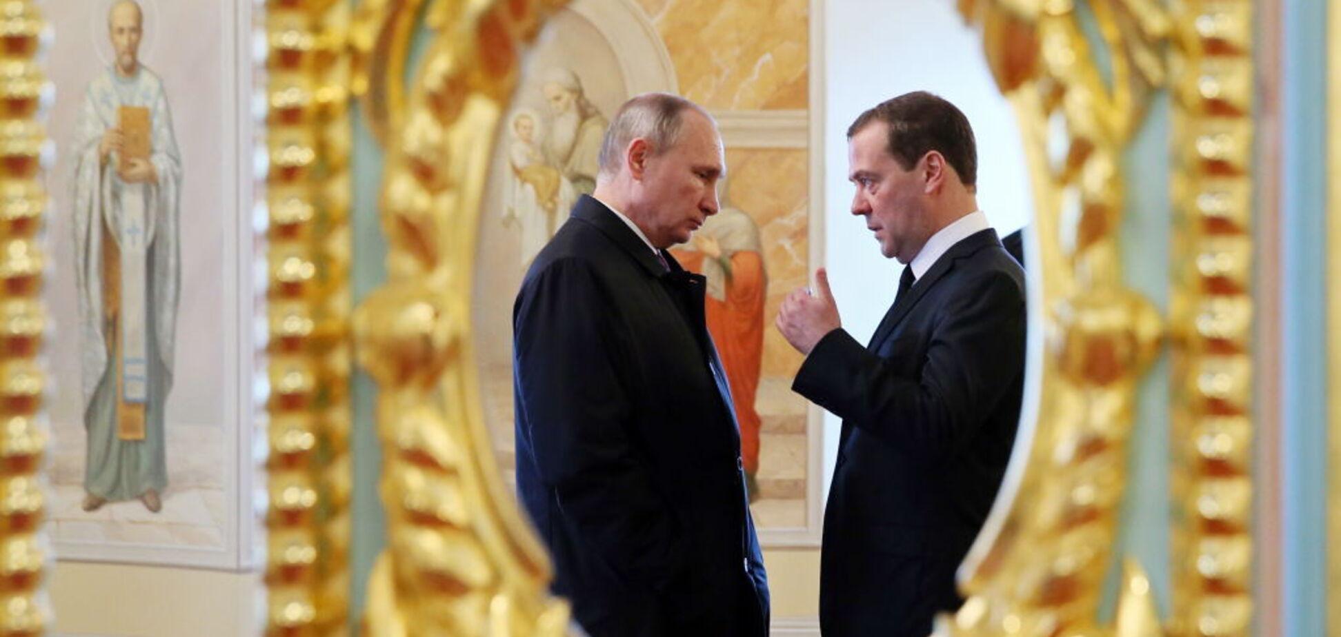 Путин выбрал наихудший сценарий передачи власти