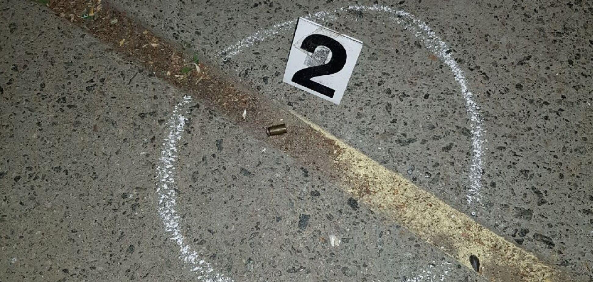 У Києві розстріляли хлопця: з'явилися нові подробиці і фото з місця трагедії