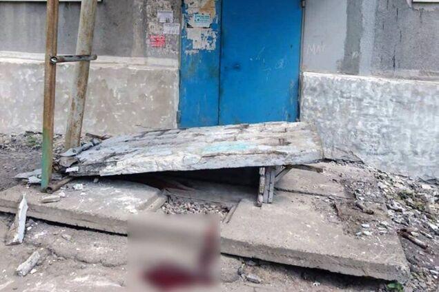 На Донбасі на дітей впала бетонна стіна