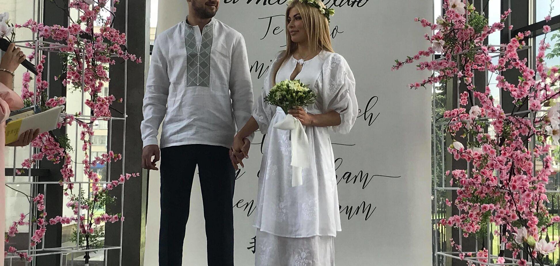 Відомий нардеп одружився через тиждень після розлучення: опубліковані фото весілля