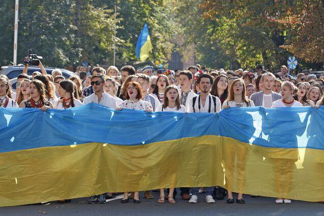 3,2 млн украинцев находятся на постоянном трудоустройстве за рубежом