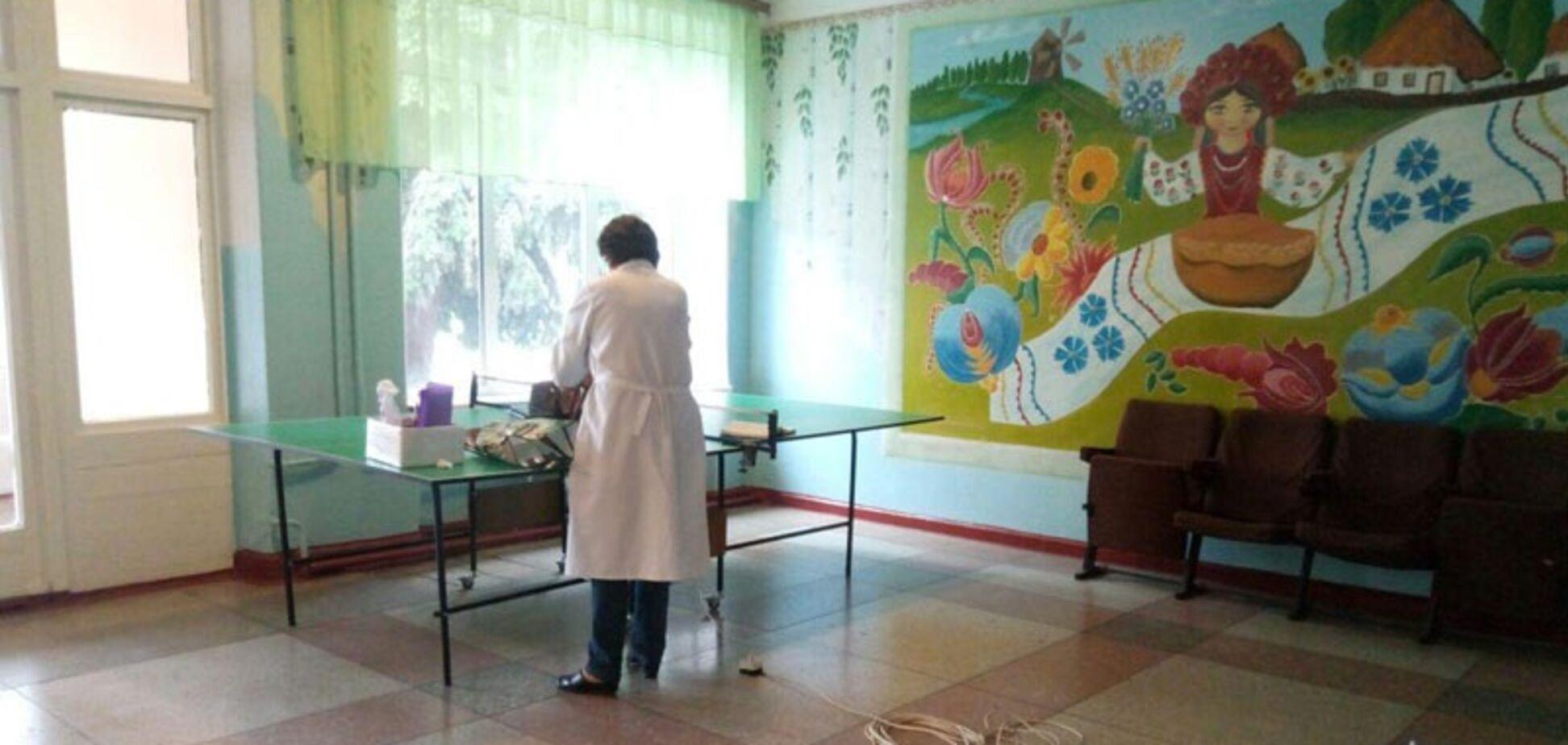 В школе на Донетчине неизвестный распылил газ: подробности ЧП
