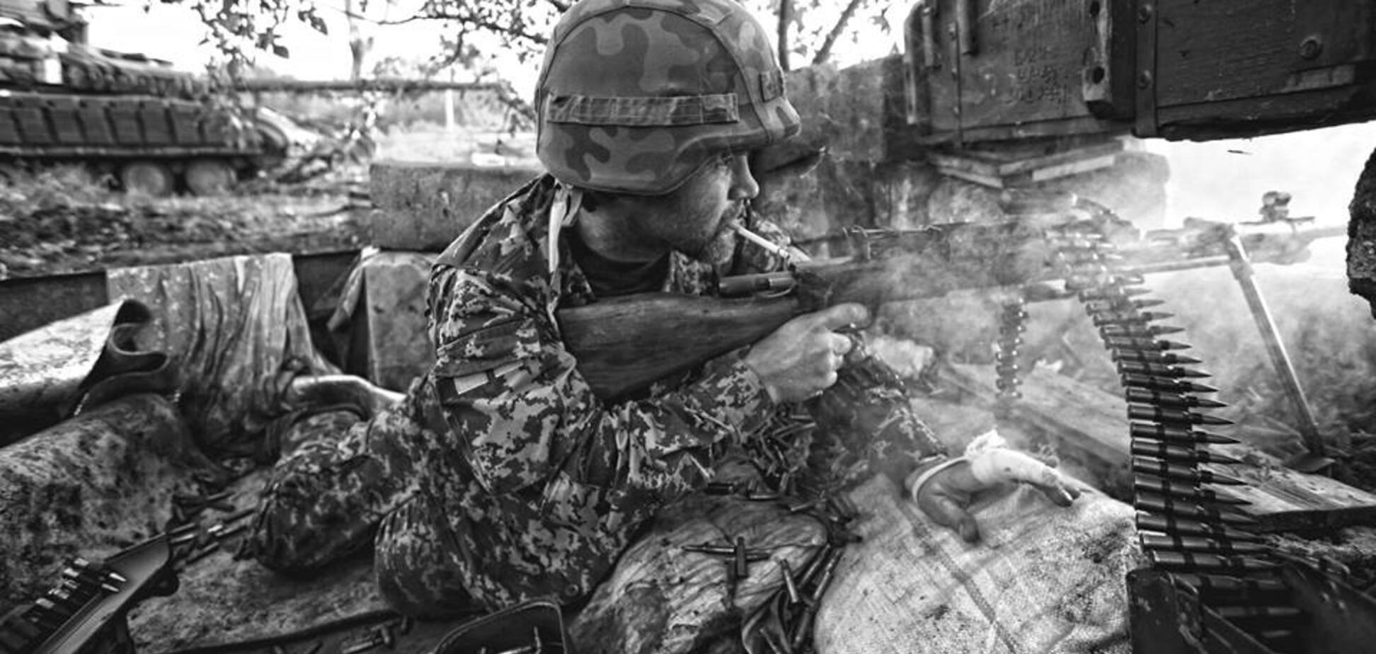 Одна з дітьми та хворими батьками: українців закликали допомогти вдові бійця АТО