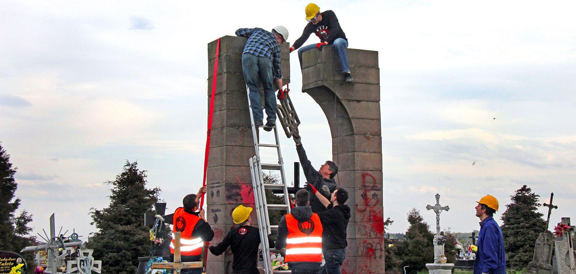 У Польщі зібралися розкопати скандальну могилу воїнів УПА