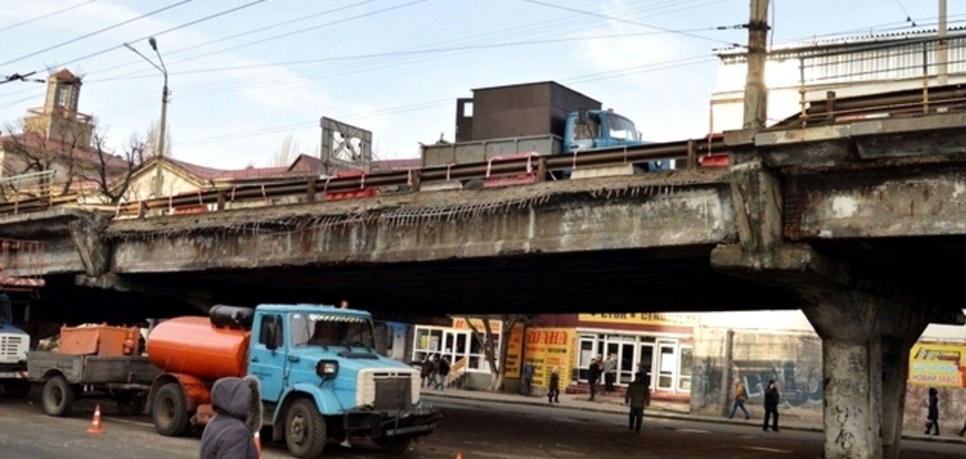 В Киеве назрел скандал с мостом на Шулявке