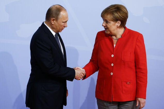 Меркель рассказала о судьбе санкций против России
