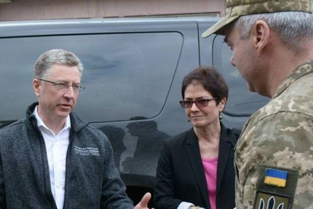 Украина заслуживает получить от США больше оружия - Волкер
