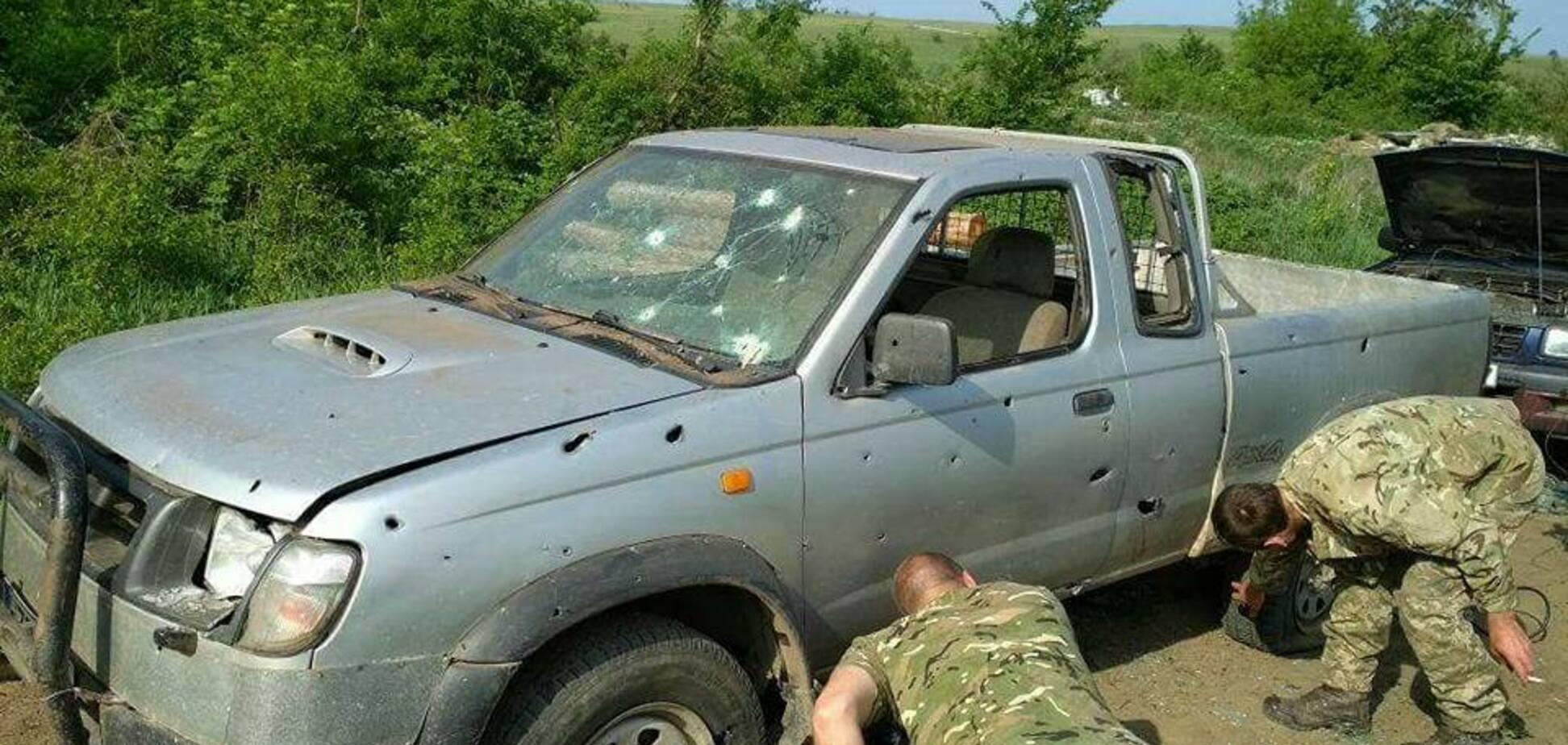 Дивом залишилися живі: українські бійці показали фото після обстрілу