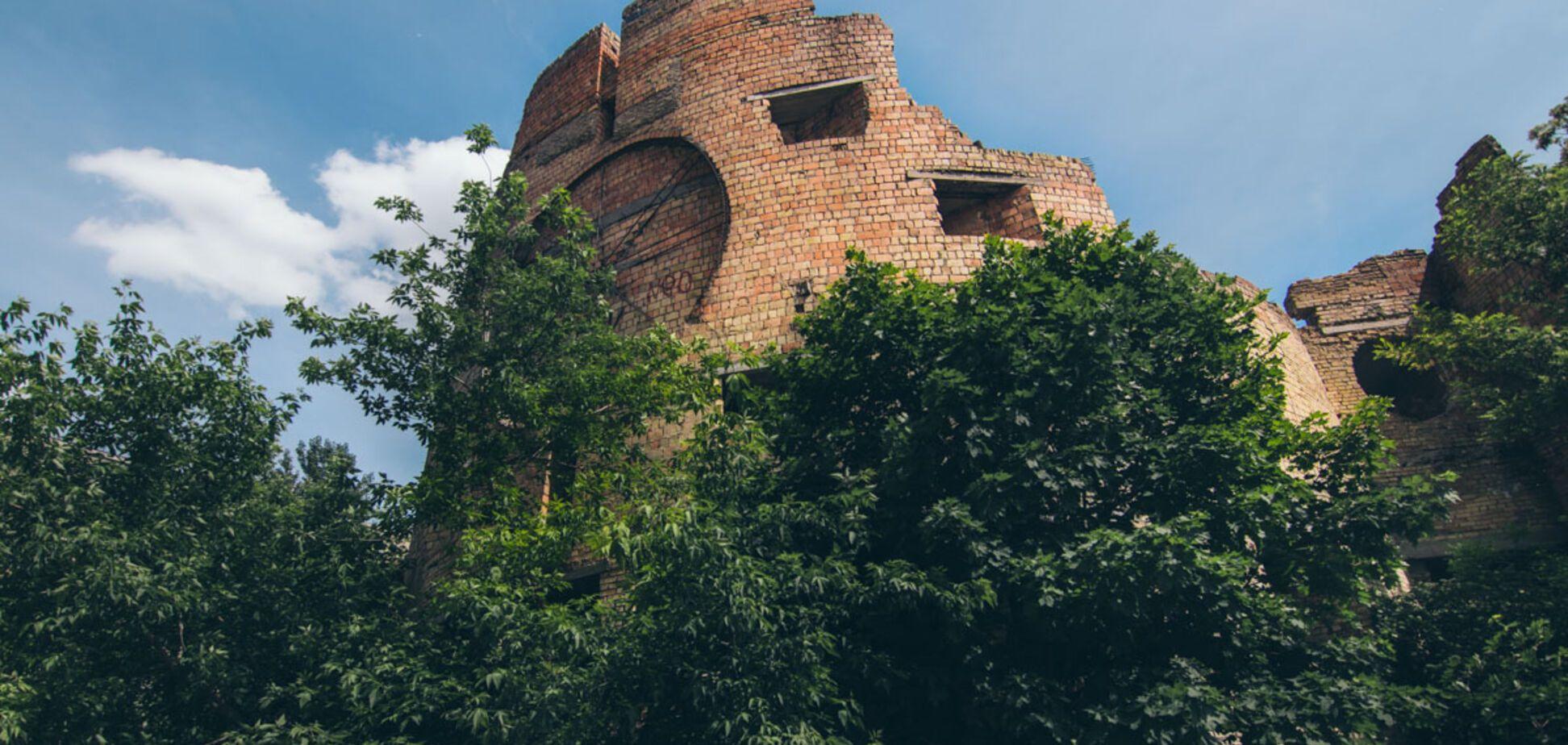 Атмосферный недострой: как выглядит 'Вавилонская башня' в Киеве