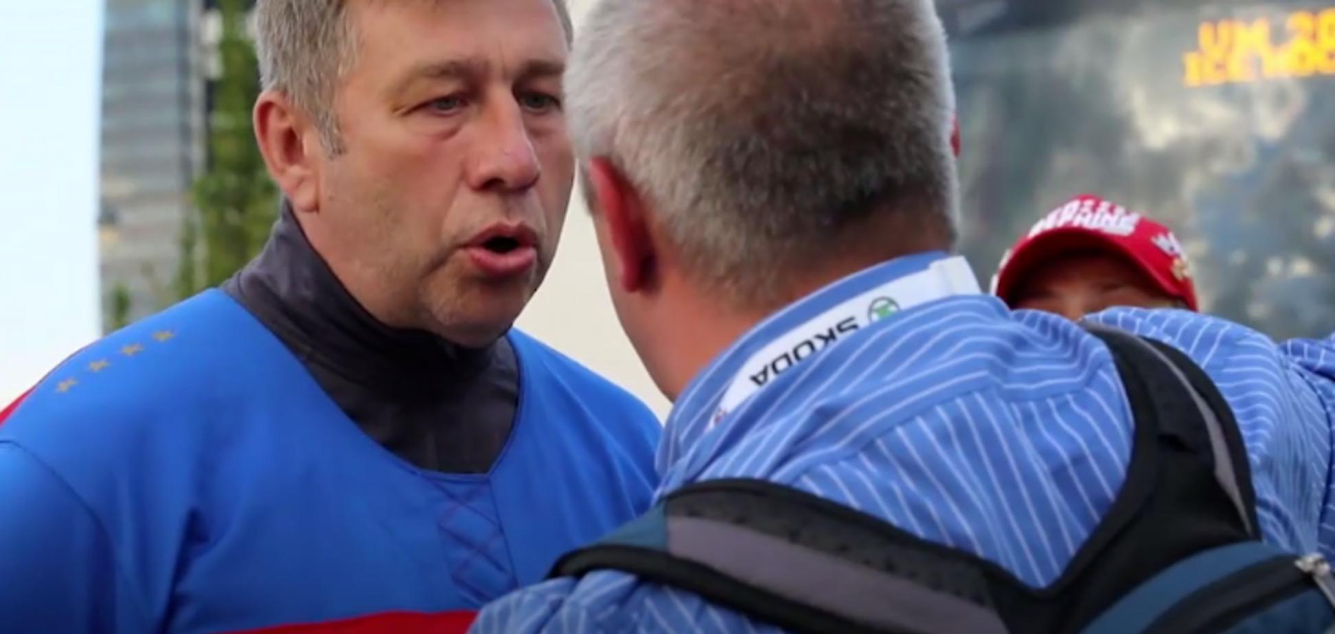 П'яні російські вболівальники напали на журналіста на ЧС-2018 з хокею: опубліковано відео