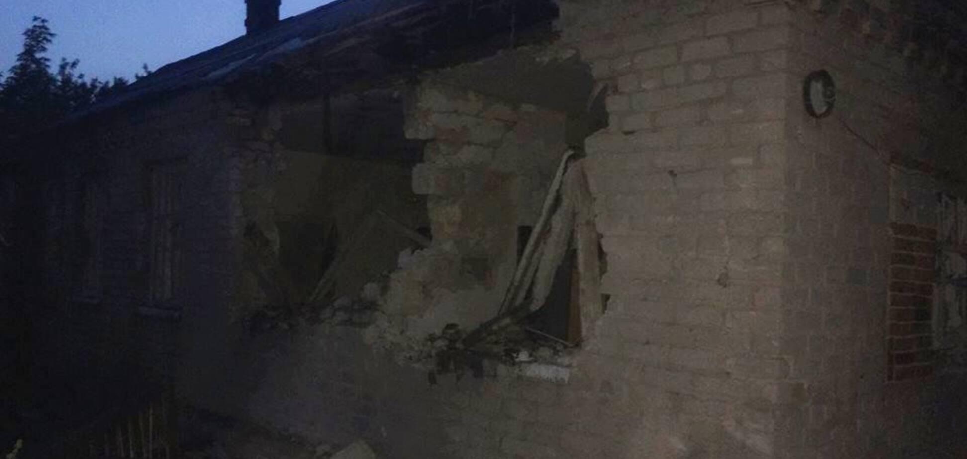 'Дивом вціліли': терористи обстріляли житлові будинки на Донбасі