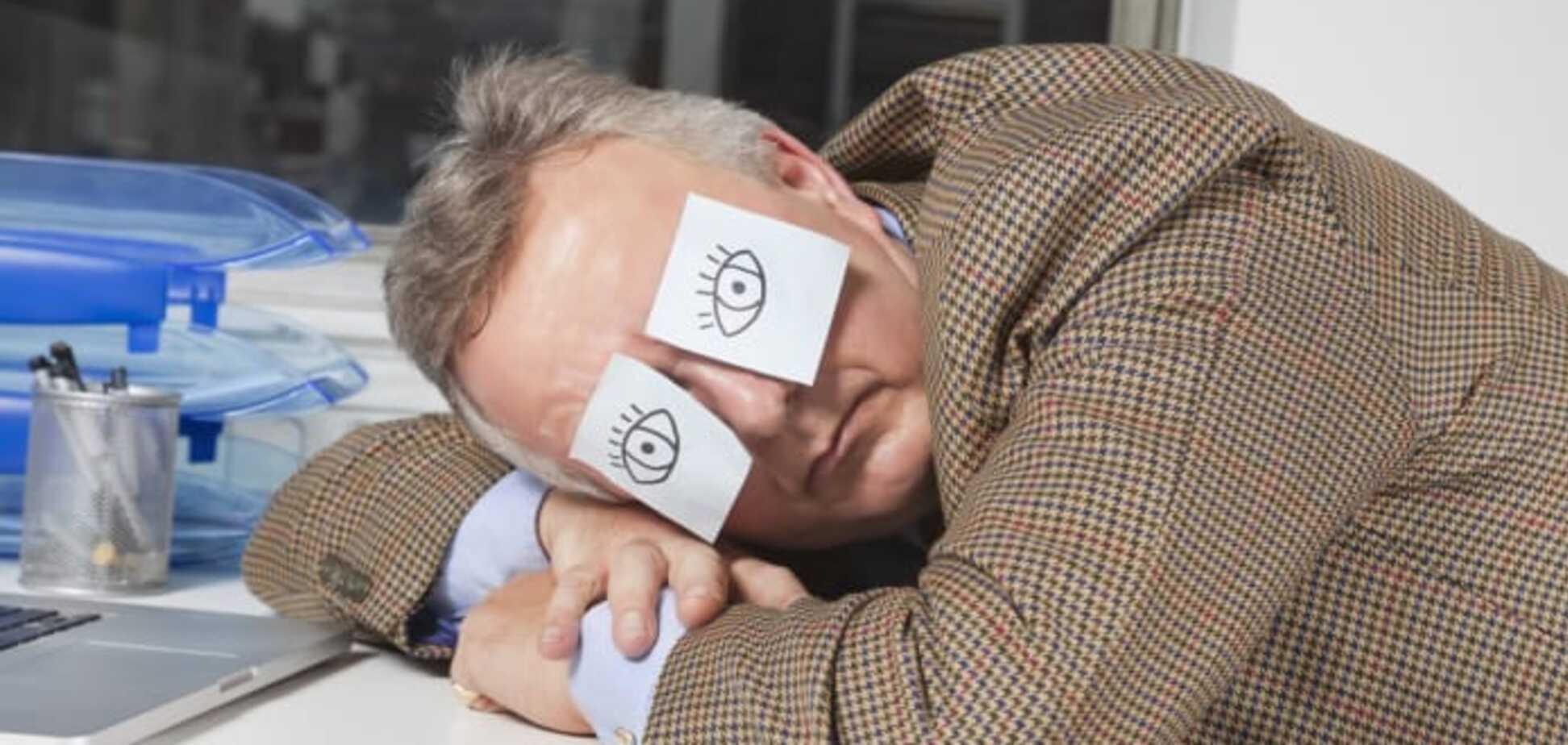Как не заснуть на работе: семь бодрящих советов