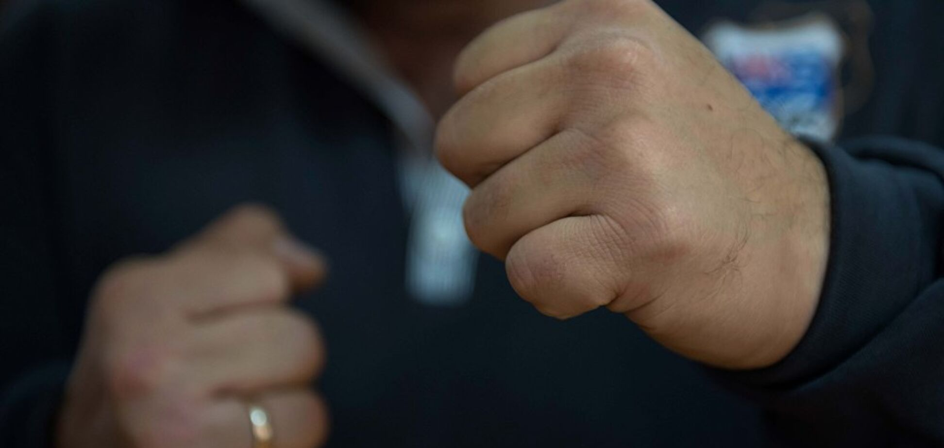'Рвал кровью': в Виннице жестоко избили семью с детьми