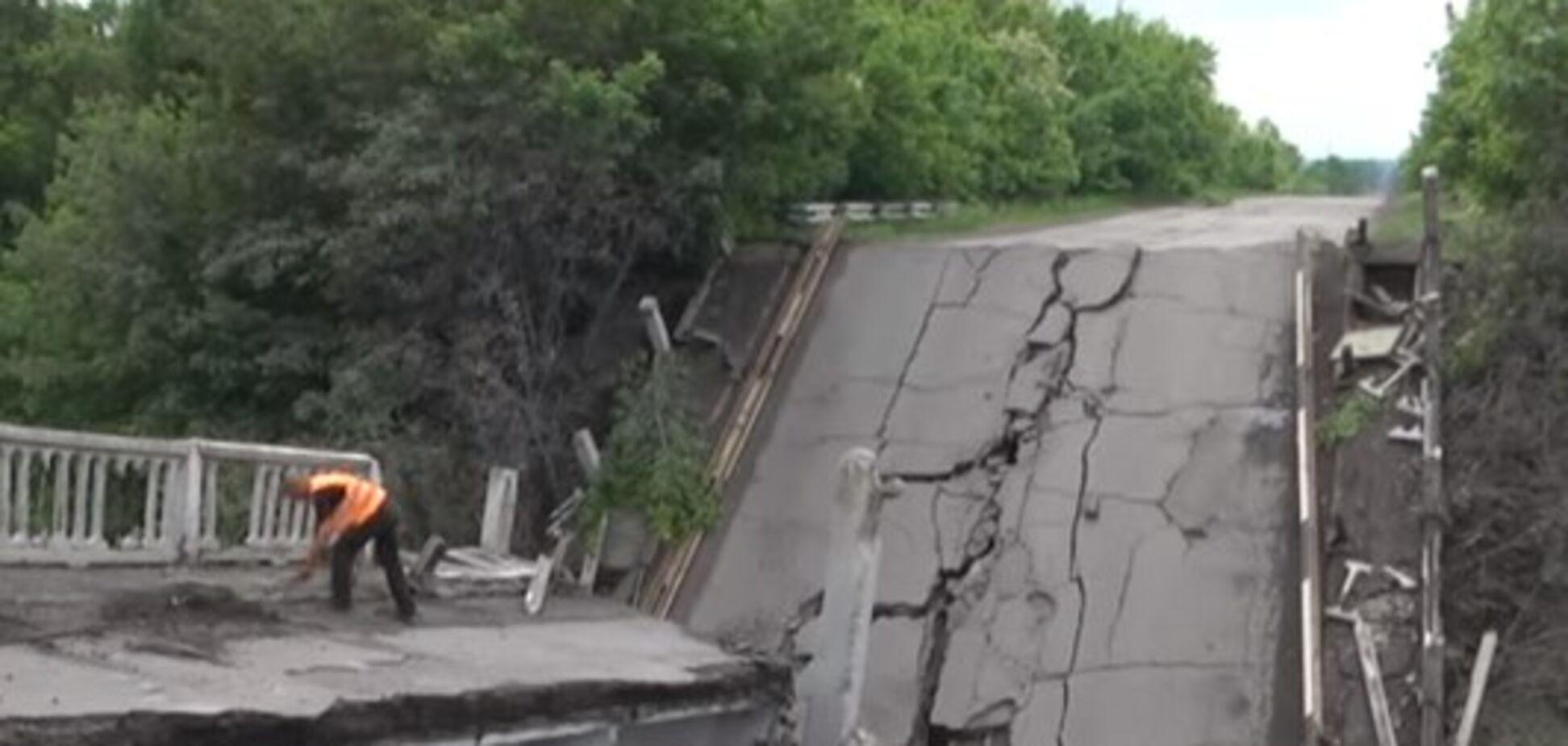 У мережі з'явилося відео 'підірваного' мосту на Луганщині