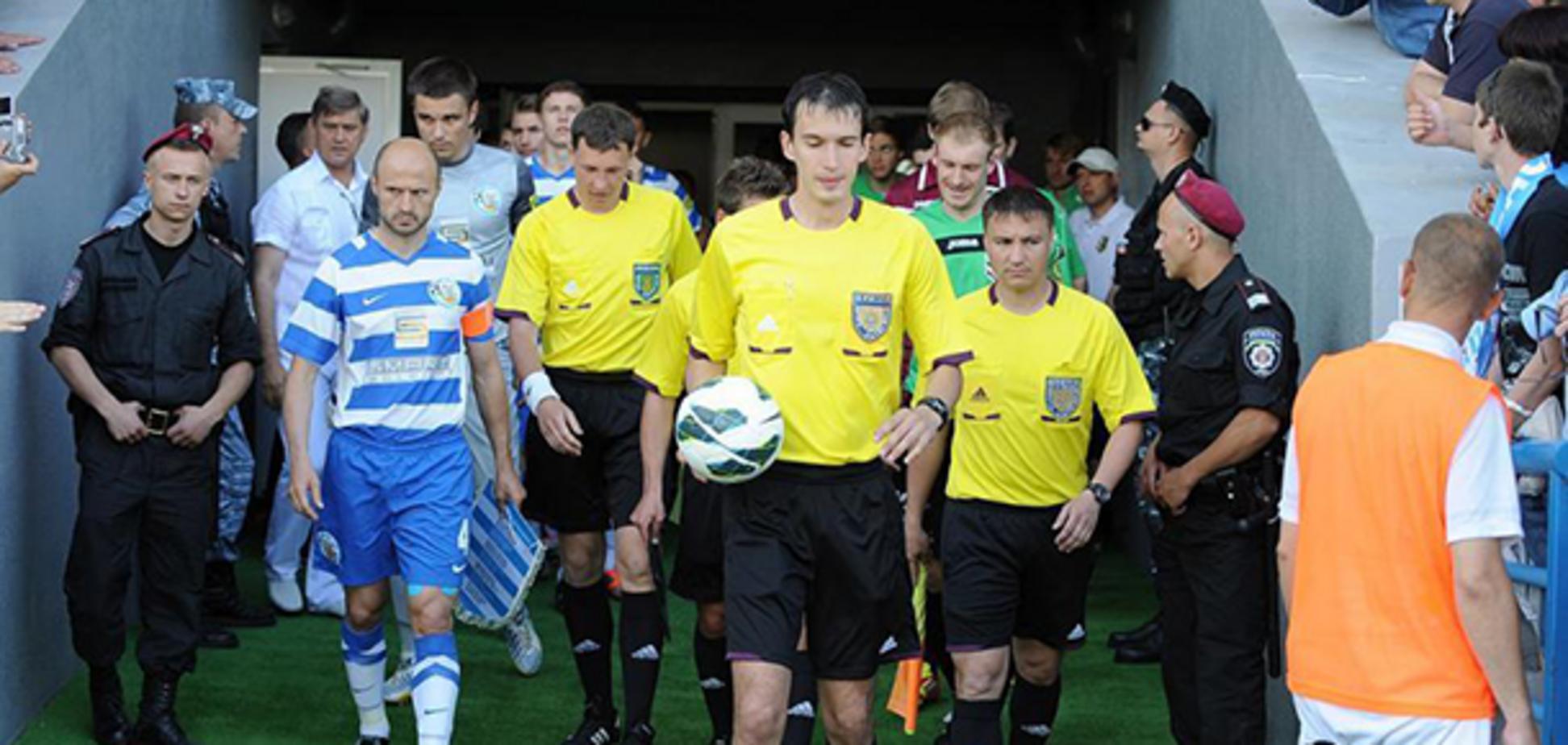 Вез в поезде $17000: всплыли новые детали скандала с договорными матчами в украинском футболе