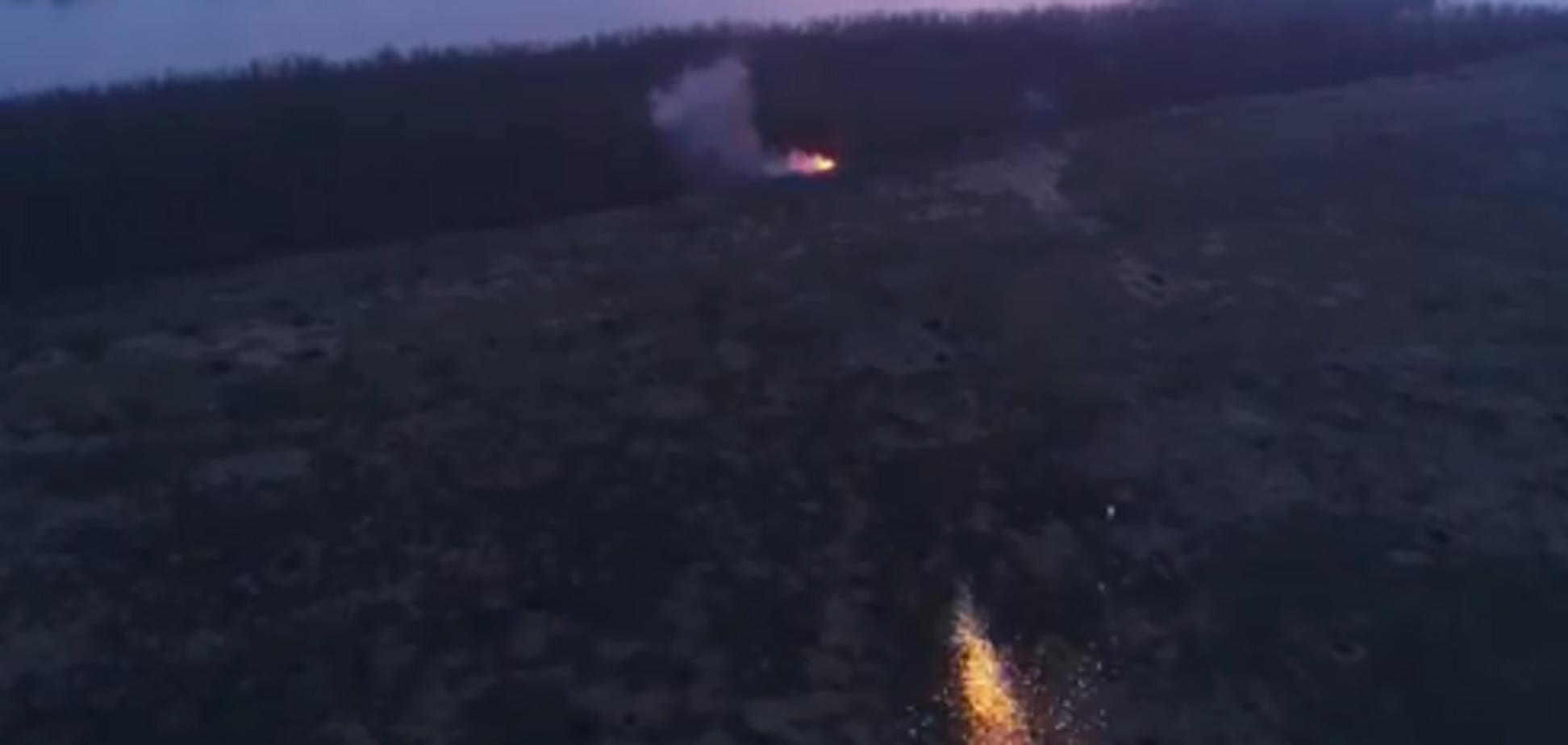 З'явилося відео, як артилерія ООС розбила позиції росіян на Донбасі