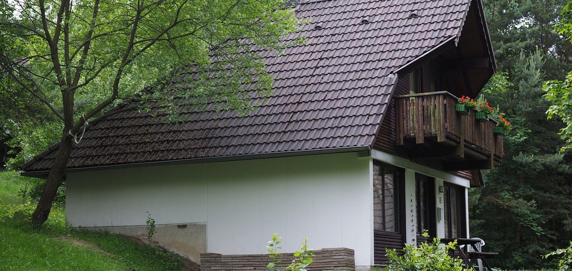 Дачний будинок на приватизованій ділянці: як це зробити в Україні