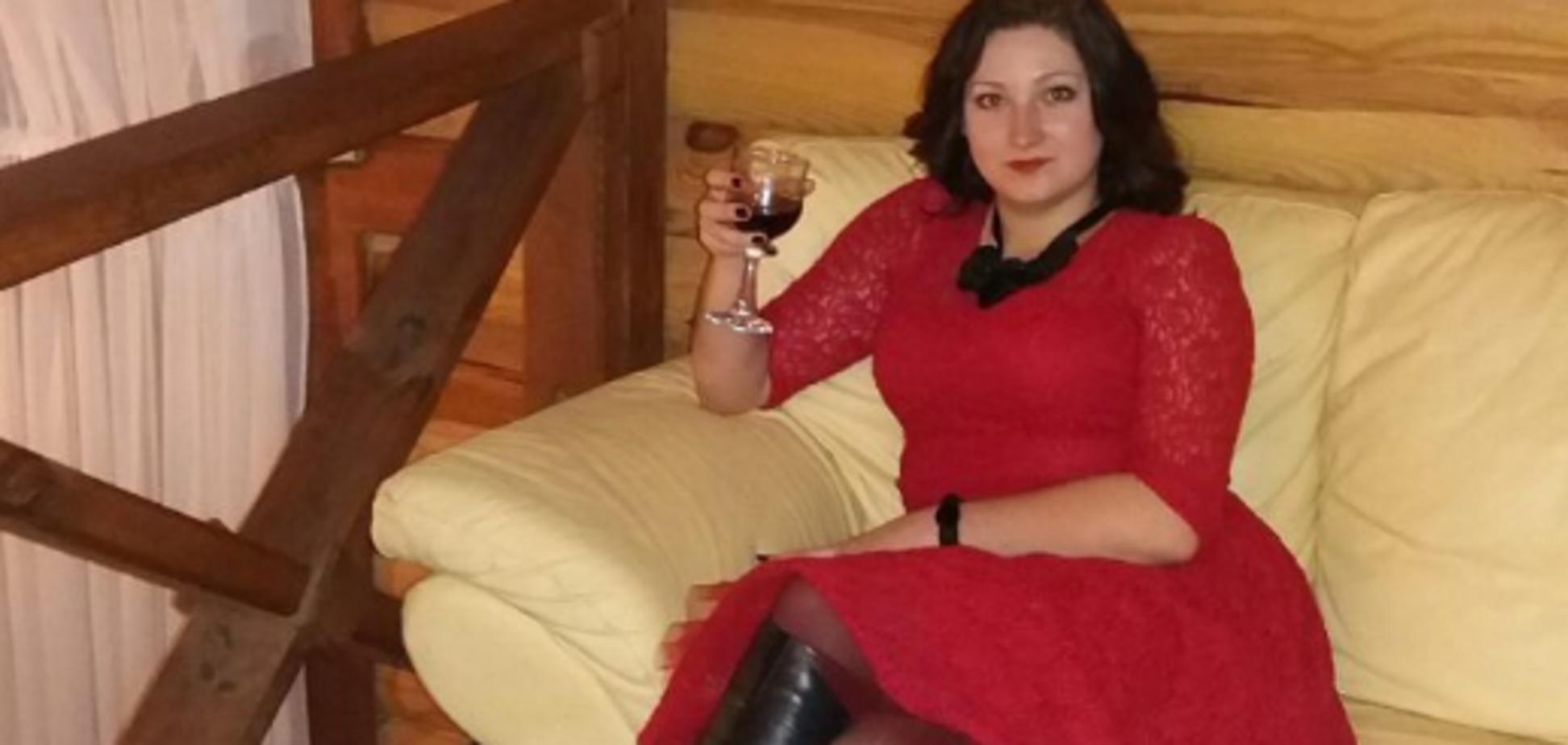 На Рівненщині виховательку дитсадка звільнили за 'аморальні' фото в соцмережах
