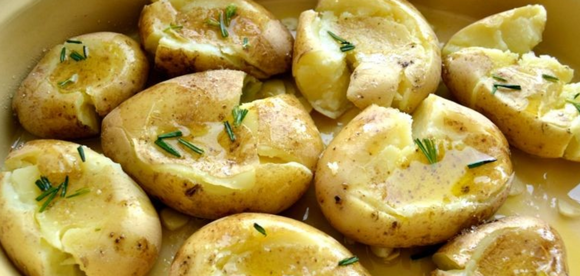 Запеченый картофель по-португальски