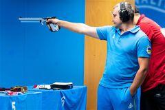 Украинец с мировым рекордом выиграл КМ по стрельбе