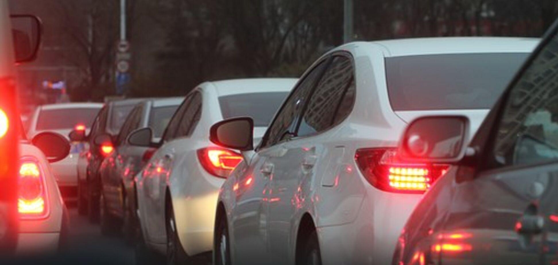 Власників авто з єврономерами чекають зміни