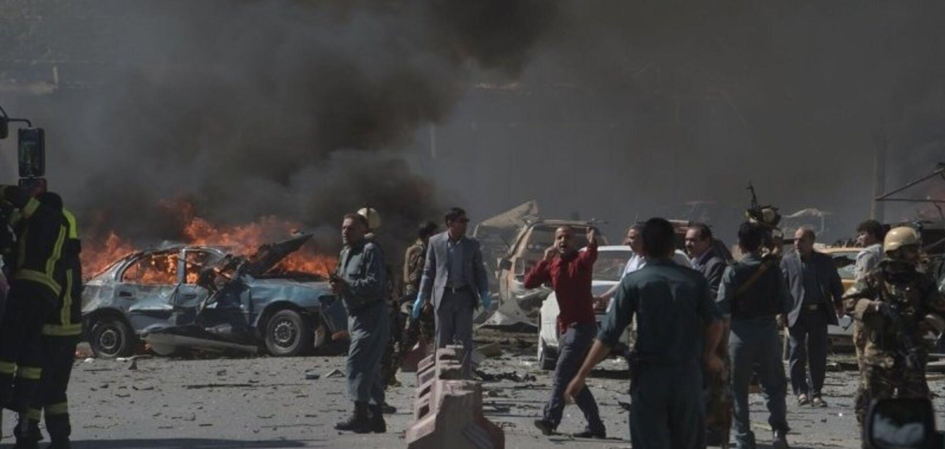 В столице Афганистана произошел новый масштабный теракт: десятки погибших и раненых