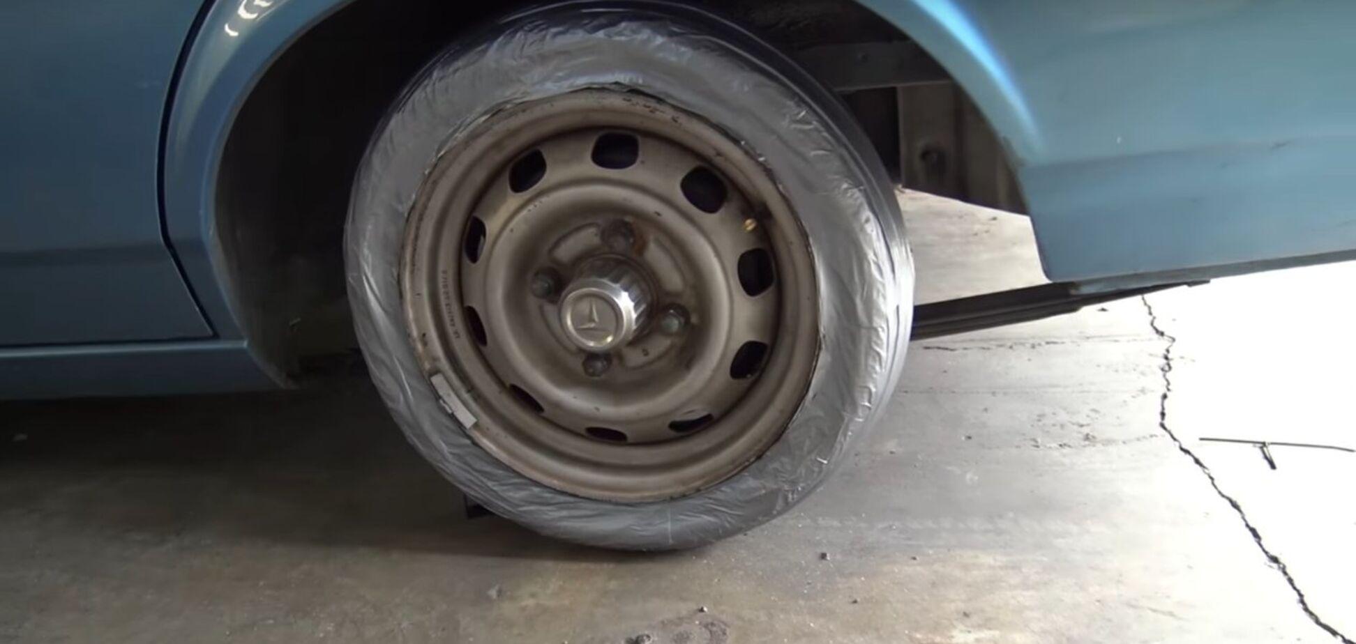 Как сделать шину из клейкой ленты: видео
