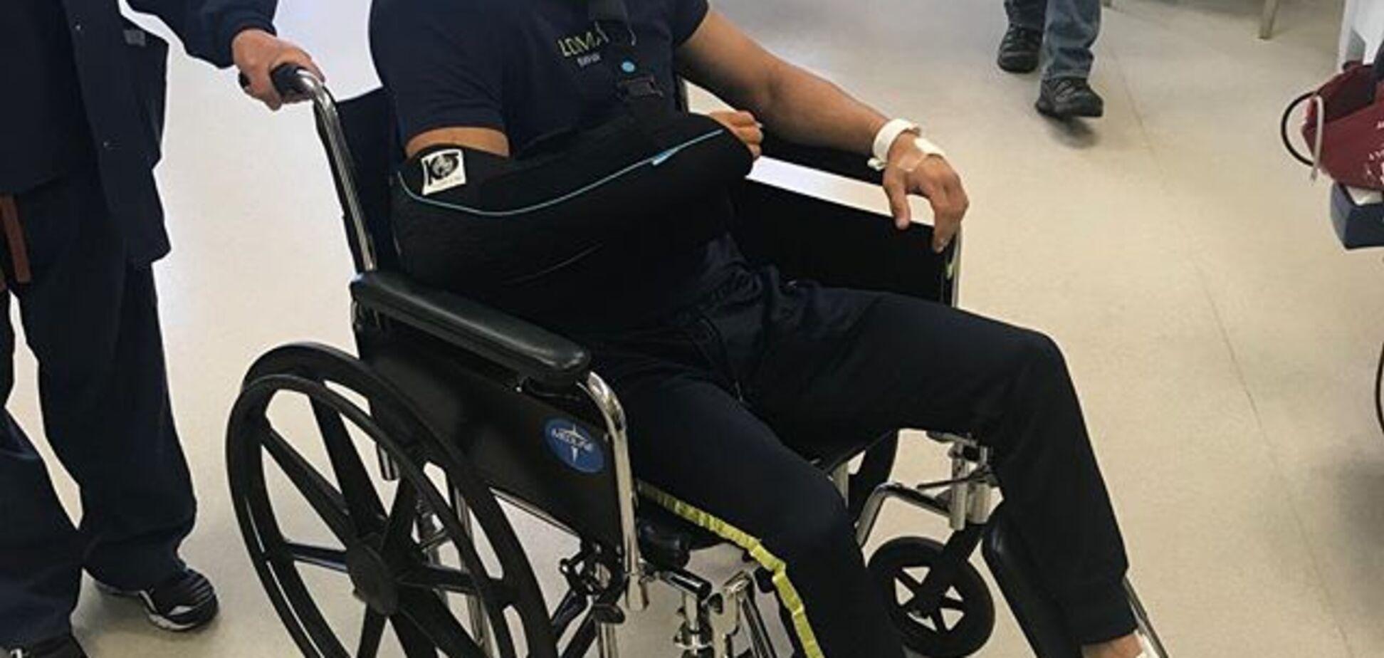 Прорвемся: Ломаченко показал первые фото после операции