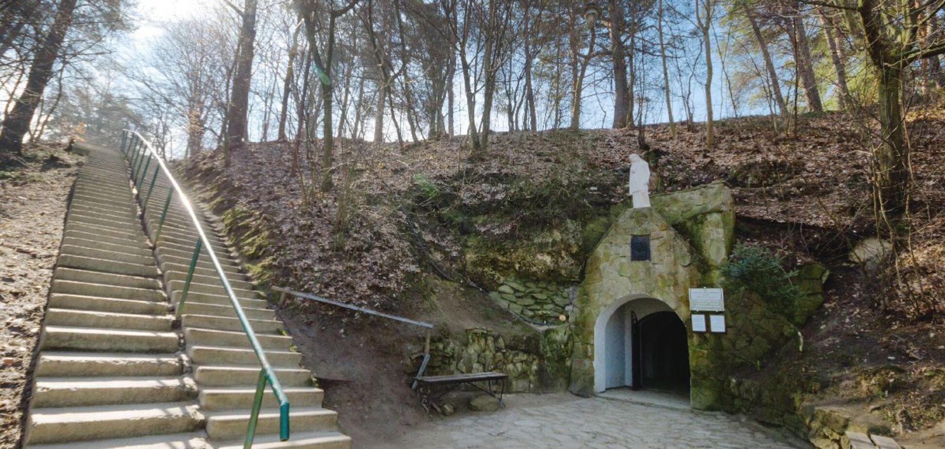 'Голгофа' на Львовщине: журналисты поразили одной из древнейших святынь Украины