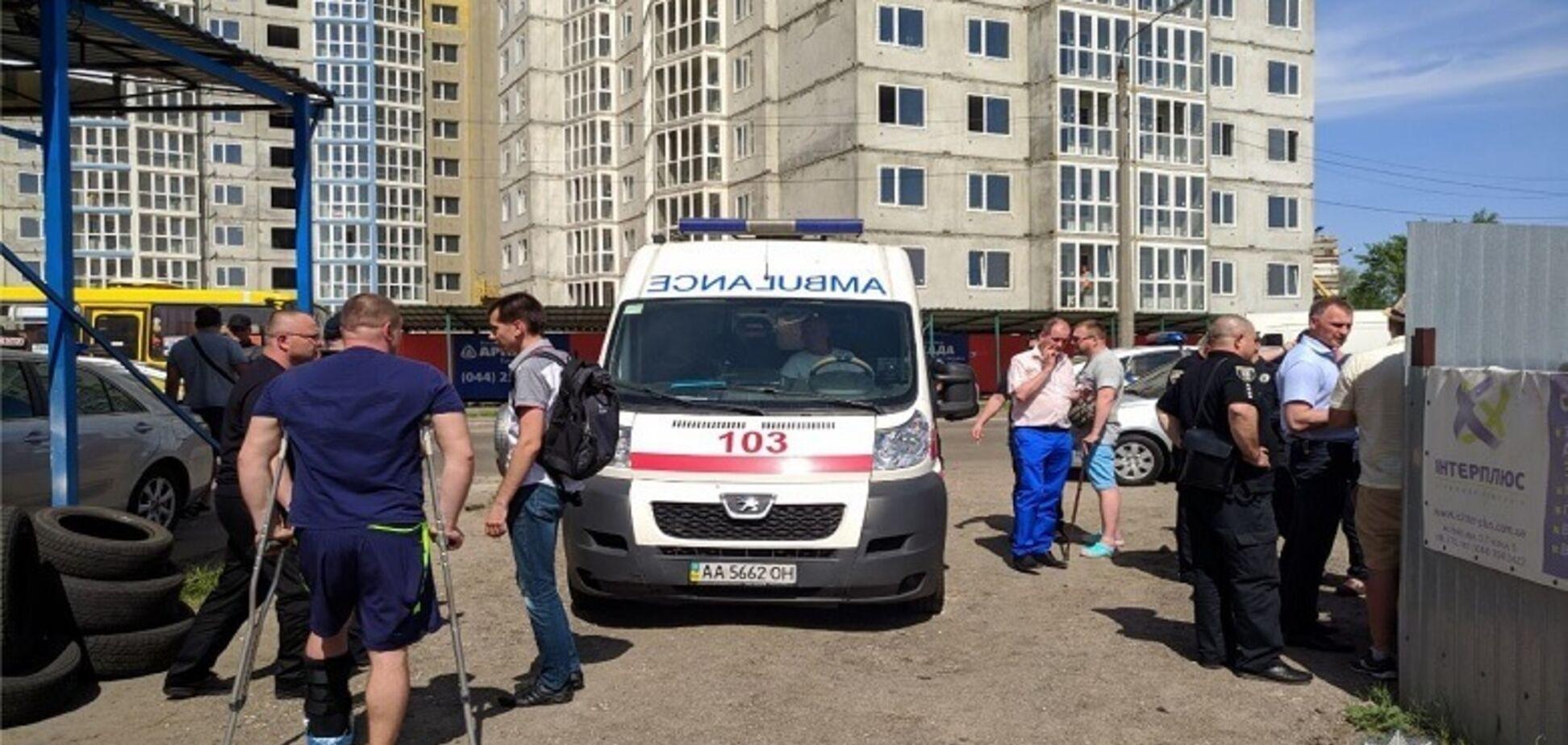 Стрілянина на парковці в Києві: адвокат звинуватив 'неадекватного' СБУшника