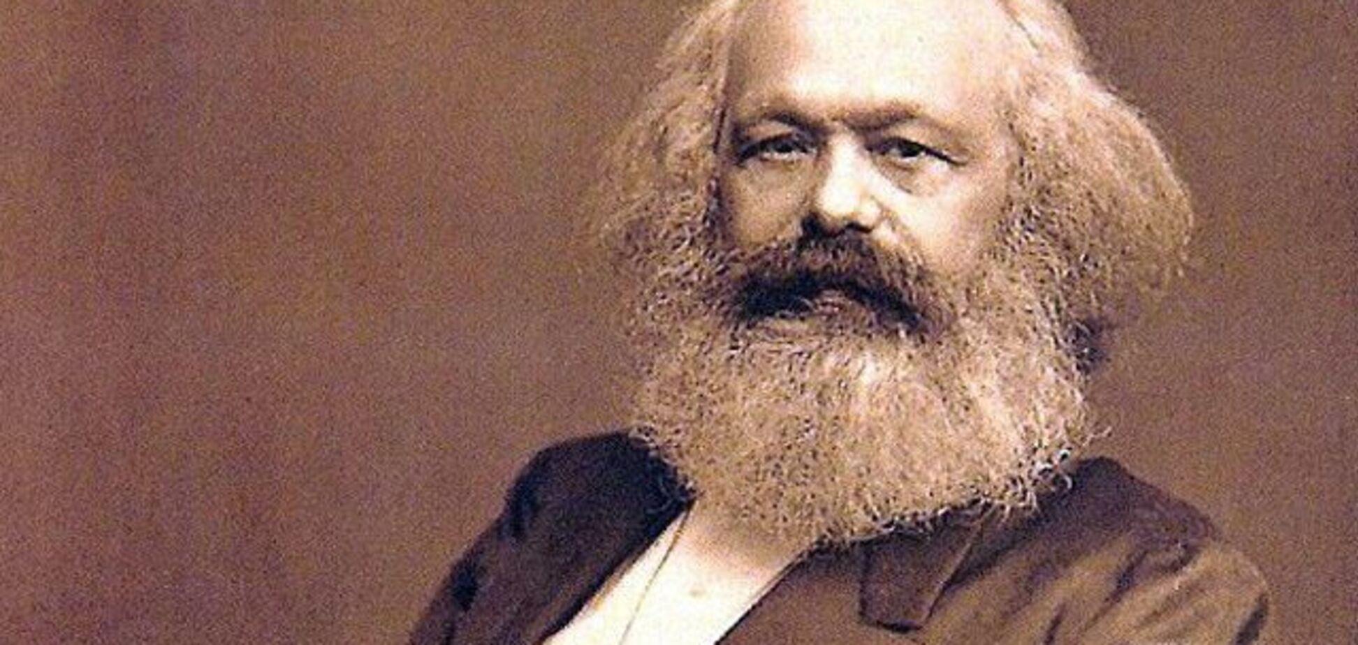 Знесення пам'ятників Карла Маркса - незаконне