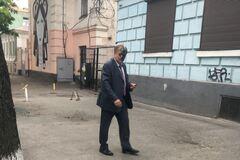 В Киеве облили зеленкой и фекалиями спонсора 'Бессмертного полка'
